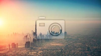 Fototapeta Widok z lotu ptaka Dubaj miasto w zmierzchu świetle