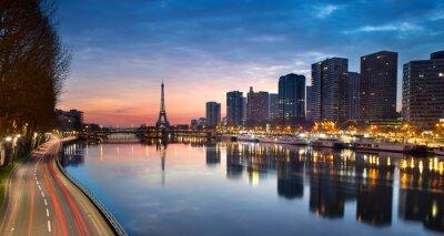 Fototapeta Wieża Eiffla i Sekwany o wschodzie słońca, Paryż - Francja