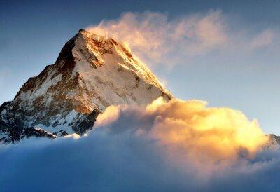 Fototapeta Wschód słońca na Annapurna zakres gór, górskich Machapuchere