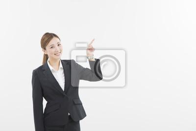 Fototapeta ス ー ツ を 着 た 女性