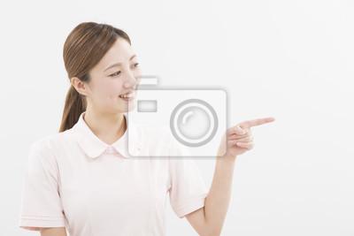 Fototapeta 白衣 を 着 た 女性