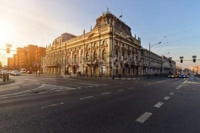 Fototapeta Zabytkowy Pałac Poznańskiego, Łódź, Polska, Europa na zachód słońca.