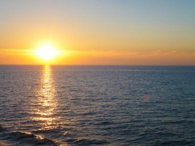 Fototapeta Zachód słońca na morzu