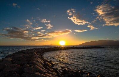 Fototapeta Zachód słońca nad nadbrzeże na Maui Boat Harbor