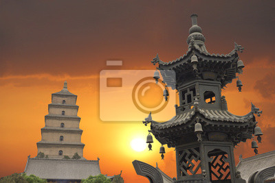 Zachód słońca w Wielka Pagoda Dzikiej Gęsi, X'ian, Chiny