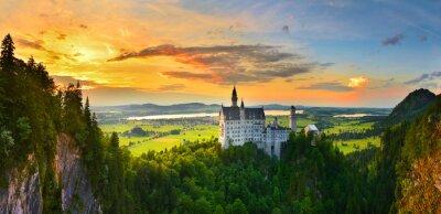 Fototapeta Zamek Neuschwanstein o zachodzie słońca, Niemcy