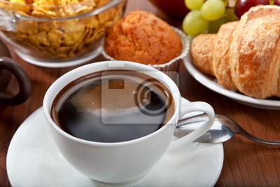 zdrowe śniadanie z kawą