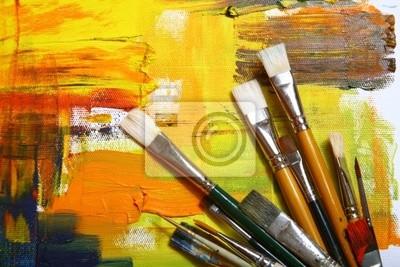 Zestaw szczotek na malowane tła .