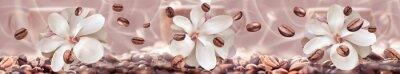 Fototapeta ziaren kawy na tle kwiatów