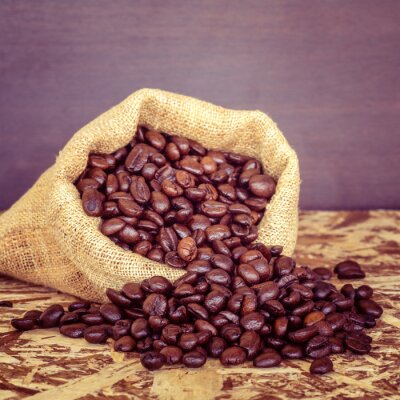 Fototapeta Ziarna kawy w worku z efekt filtra stylu retro vintage