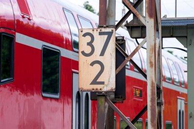 Fototapeta Znacznik km kolejowy