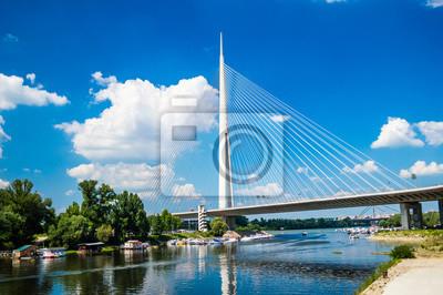Naklejka Ada Most lub alternatywnie Sava przerzucenie mostu - most wiszący na rzece Sava w Belgradzie, Serbia