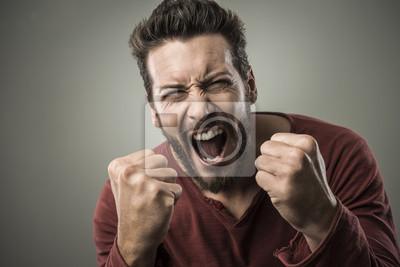 Angry man krzyczeć głośno