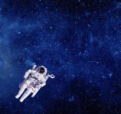 Naklejka Astronauta w przestrzeni kosmicznej. Elementy tego zdjęcia dostarczone przez NA