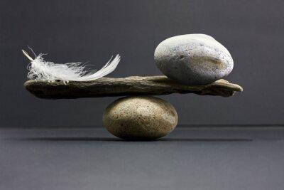 Naklejka Balans pióro i kamień