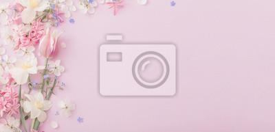 Naklejka beautiful spring flowers on paper background