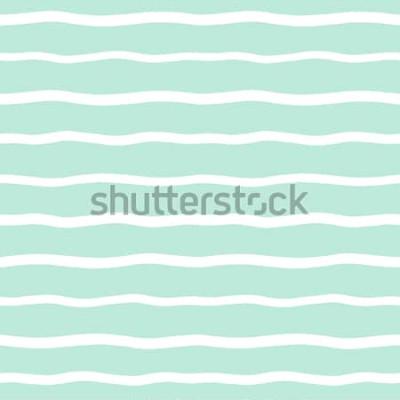 Naklejka Bezszwowe tło szerokie faliste paski. Ręcznie rysowane nierówne fale wektor wzór. Paski streszczenie szablon. Śliczne faliste smugi tekstury. Białe paski na miętowym zielonym tle.