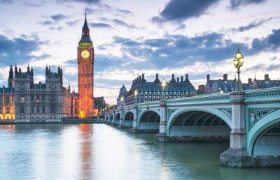 Naklejka Big Ben i Houses of Parliament w nocy w Londynie