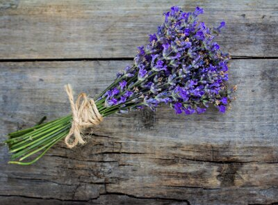 Naklejka bouquet of lavender on the old table
