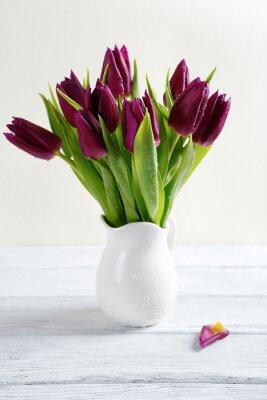 Naklejka Bukiet kwiatów w białym wazonie