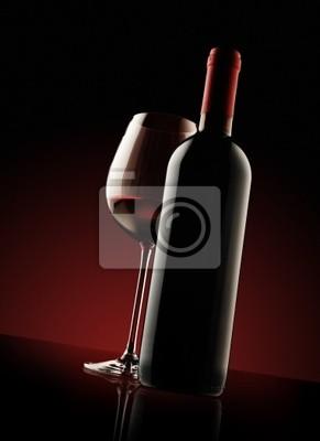Butelka czerwonego wina