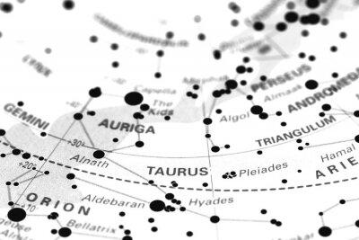 Naklejka Byk gwiezdna mapa zodiaku. Znak zodiaku Byk na mapie gwiazdkowy astronomia.
