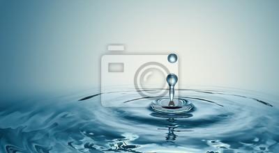 Naklejka Clear Water drop with circular waves