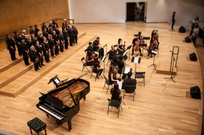 Naklejka Concert of voice and orchestra