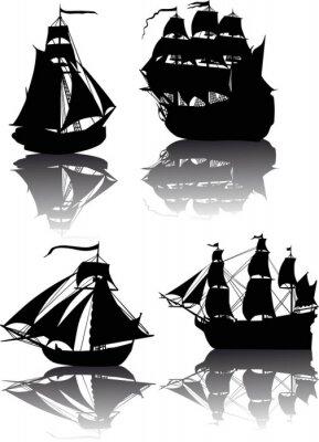 Naklejka cztery statki z refleksją na białym tle
