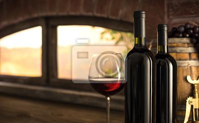 Degustacja czerwonego wina w piwnicy winnicy
