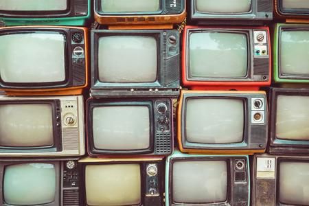 Naklejka Deseniowa ściana palowa kolorowa retro telewizja - rocznika filtra skutka styl (TV).