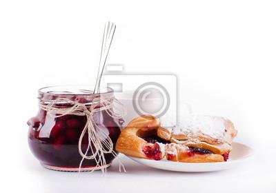 Dom dżem i rogalik z wiśni