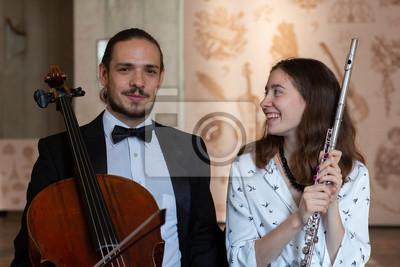 Naklejka Duet muzyków klasycznych Wiolonczela i flet