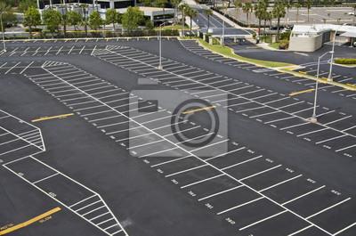 duży parking