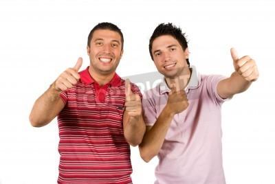 Naklejka Dwa szczęśliwy przyjaciół lub braci noszenie różowy puste t-shirty i dając thumbs-up na białym tle