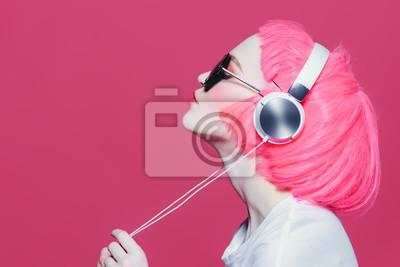 Naklejka dziewczyna lubi muzykę