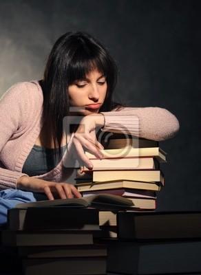 Dziewczyna wyczerpany nauki. Podobne zdjęcia w moim portfolio
