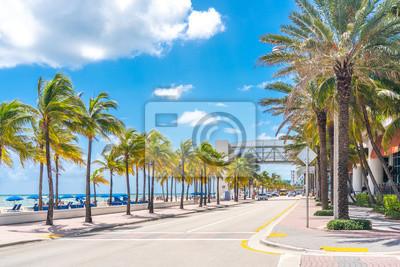 Naklejka Fort Lauderdale Beach promenade with palm trees