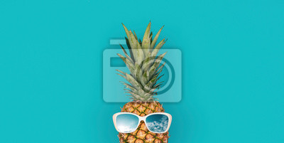 Naklejka Funny pineapple with sunglasses