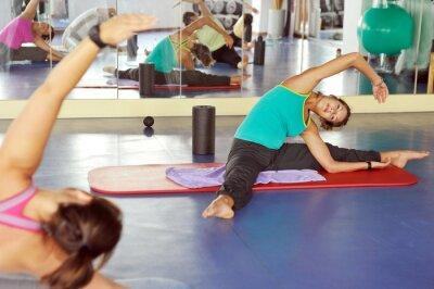Naklejka Gimnastyka w siłowni