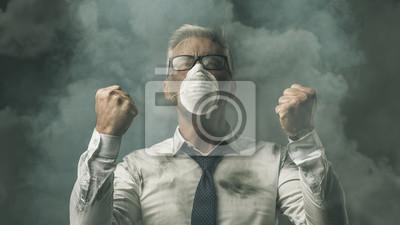Gniewny biznesmen i zanieczyszczenie