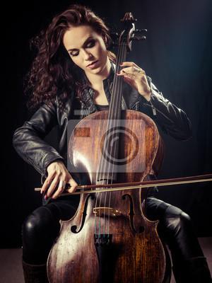 Naklejka Gorgeous wiolonczelistka