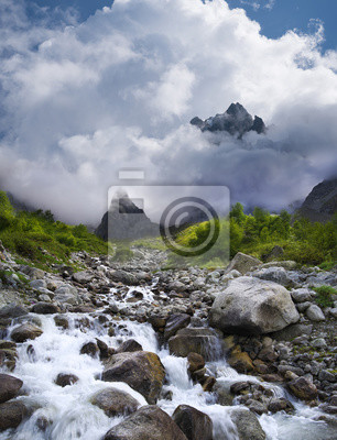 Naklejka Górskiej dolinie w okresie letnim. Piękny krajobraz lato