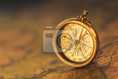 Naklejka Historia, kompas, mapy.