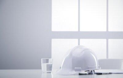 inżynier biurko z kask
