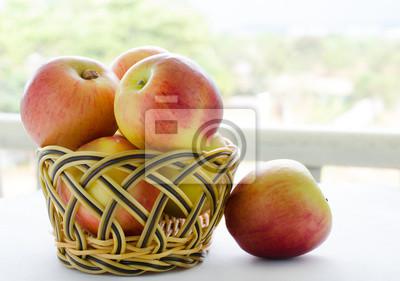 jabłka z kosza