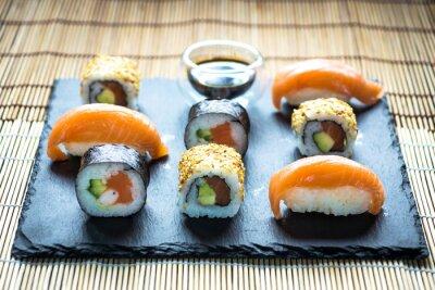 Naklejka Japońskie sushi owoce morza