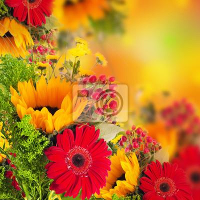 Jesienne kwiaty, bukiet z gerber i słoneczniki