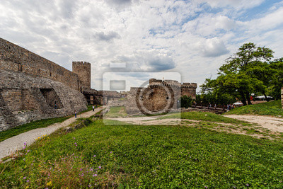 Kamień i bramy w belgradzkiej twierdzy bastion