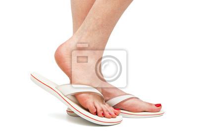 Naklejka kobiece stopy w sandałach na wymiar • czerwony